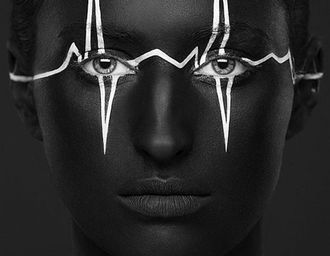 Alexander Khokhlov创意黑白脸谱人像摄影