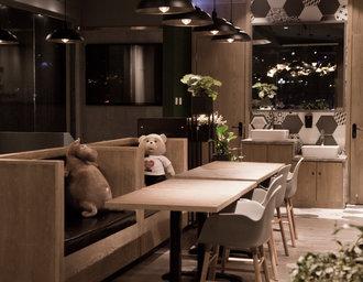 绿壹西餐厅,在简约中感受时尚与温馨